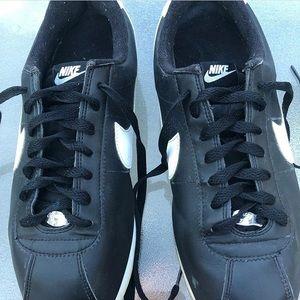 Nike Classic Cortez (black)